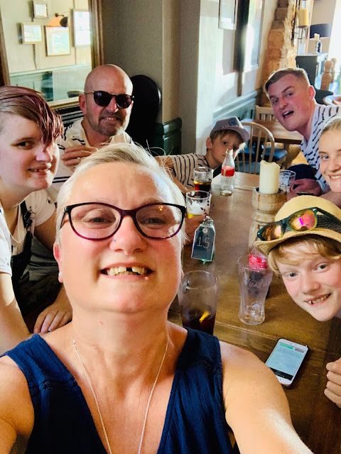 Pub table with madmumof7 & family