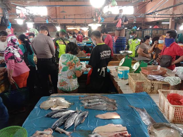 Operasi PPKM Skala Micro Level 4 Diwilayah Siantar Turut Dilaksanakan Personel Jajaran Kodim 0207/Simalungun