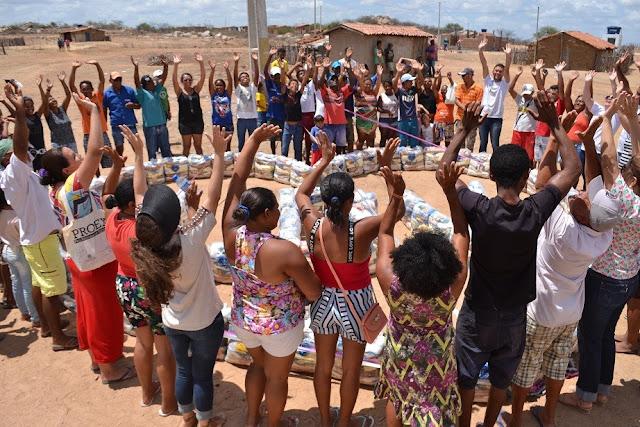 Resultado de imagem para Famílias em situação de pobreza do RN serão assistidas pela LBV  Serão 1.300 famílias contempladas com cestas de alimentos na ação solidária