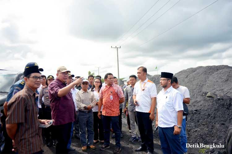 Bengkulu, DetikBengkulu.com, Kunjungi Pelabuhan, Gubernur Minta Angkutan Batu Bara Ditertibkan