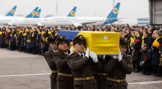 Ukraine receives the coffin of the victims of the downed plane in Iran