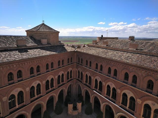 Castillo de Belmonte, vista desde el paso de ronda