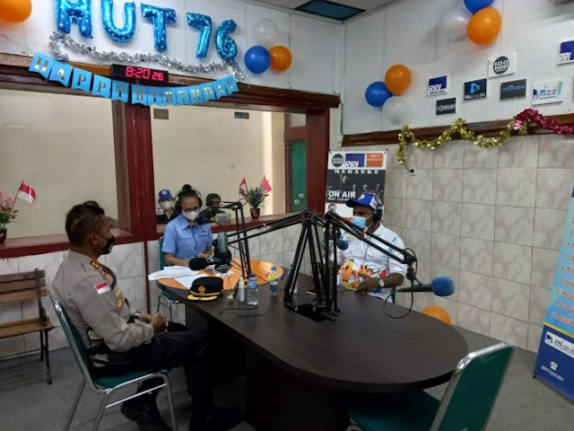 Untung Sangaji dan Yunus Wonda Gelar Dialog Interaktif Jelang PON Papua di RRI Merauke.lelemuku.com.jpg