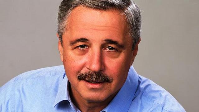 «Η μεγάλη ανατροπή στο εθνικό software και hardware» του Γιάννη Μανιάτη
