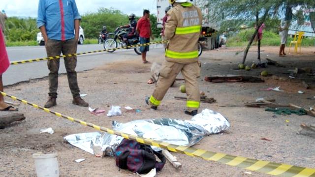 Vídeo: Grave acidente na BR 230 deixa uma mulher morta e mais quatro pessoas feridas