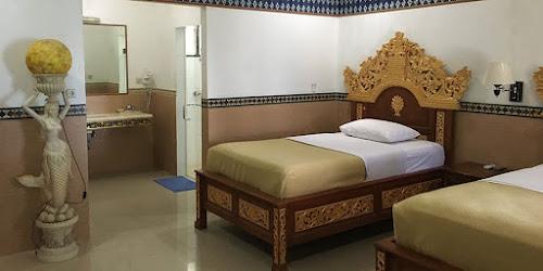 putri island resort beds