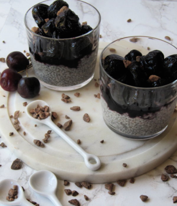 Chia pudding roasted berries