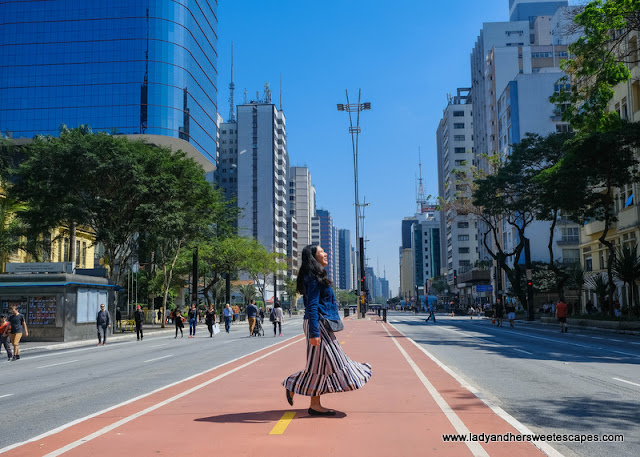 Lady in Avenida Paulista