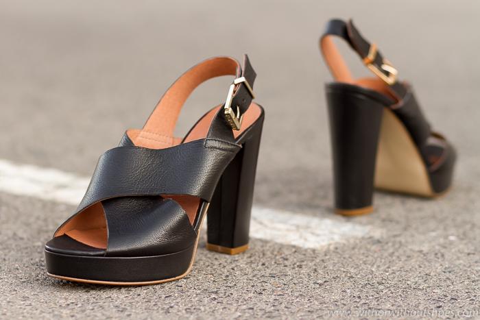 e8bcf2a4f Zapatos Ancho Nuevos Negras Y Tacón Con Sandalias Cruzadas qvRwqr