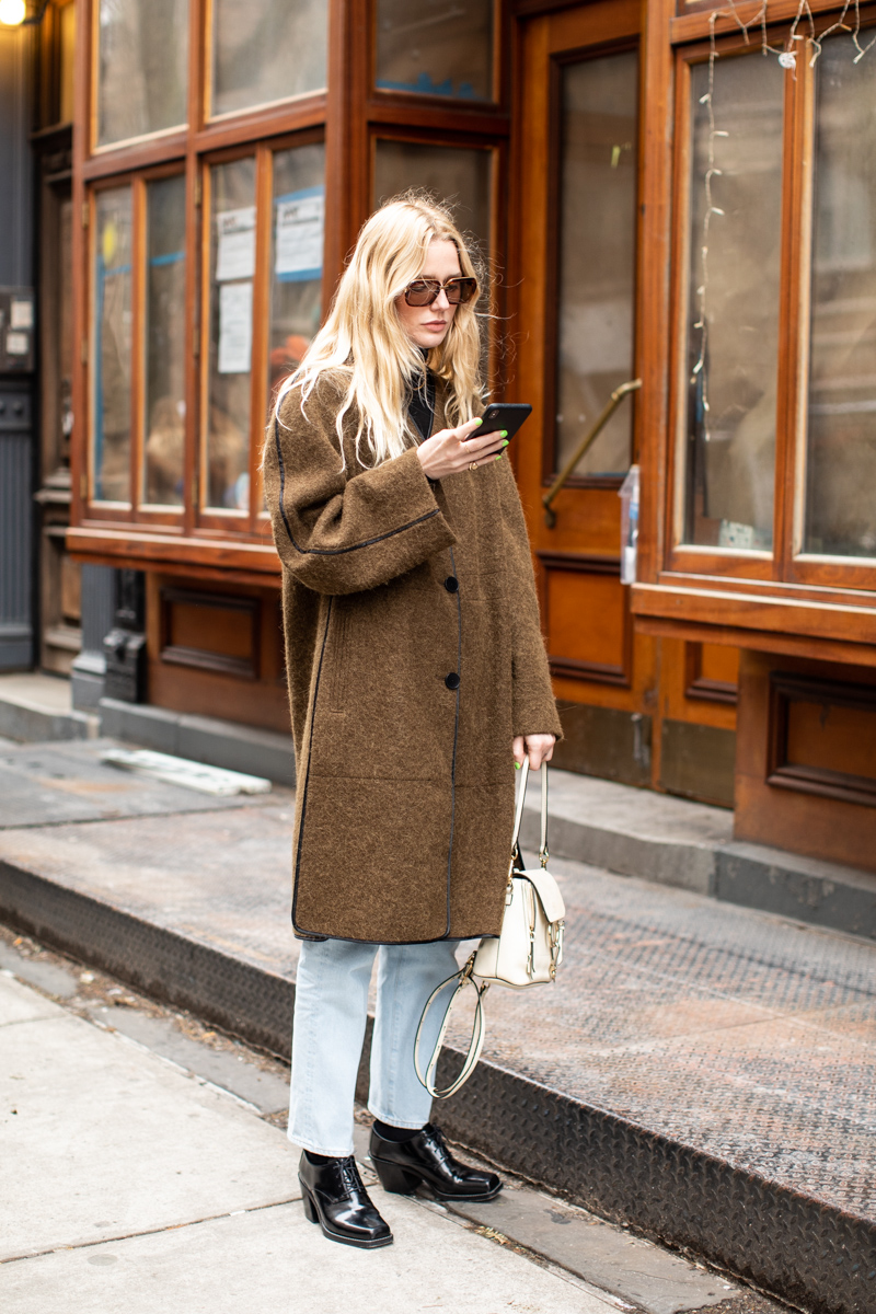 We Want a Brown Coat Thanks to This Cool Street Style Look — Winter Outfit Inspiration