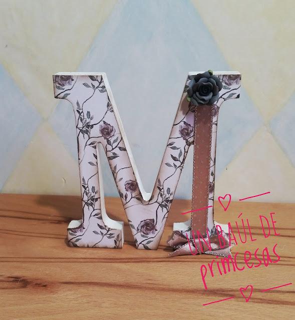Letra M decorada