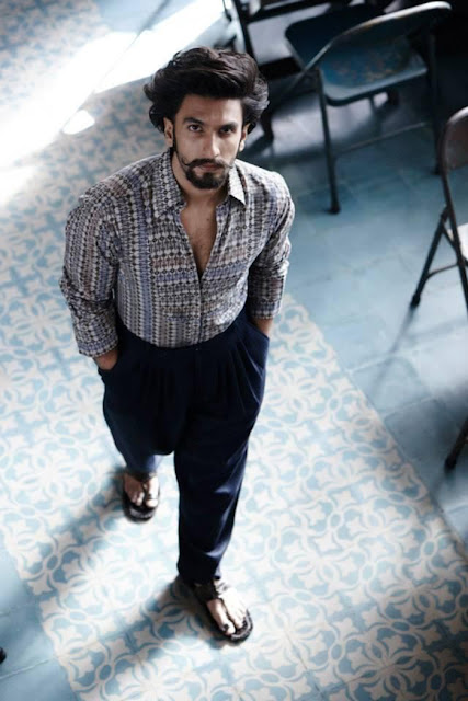 ranveer singh pattern shirt with pleated pant