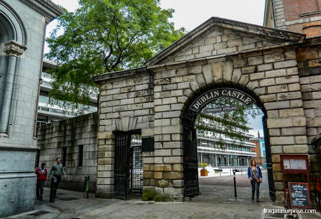 Entrada de pedestres do Castelo de Dublin