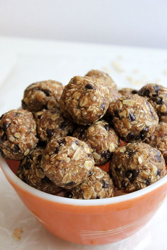 Healthy Energy Bites #recipes #healthyideas #healthyrecipes #snackideas #healthysnackideas #food #foodporn #healthy #yummy #instafood #foodie #delicious #dinner #breakfast #dessert #yum #lunch #vegan #cake #eatclean #homemade #diet #healthyfood #cleaneating #foodstagram
