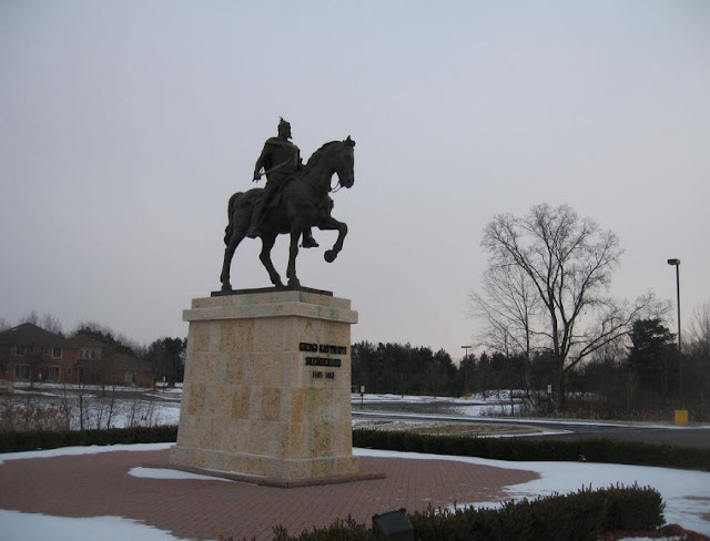 The statue of Skanderbeg in Michigan