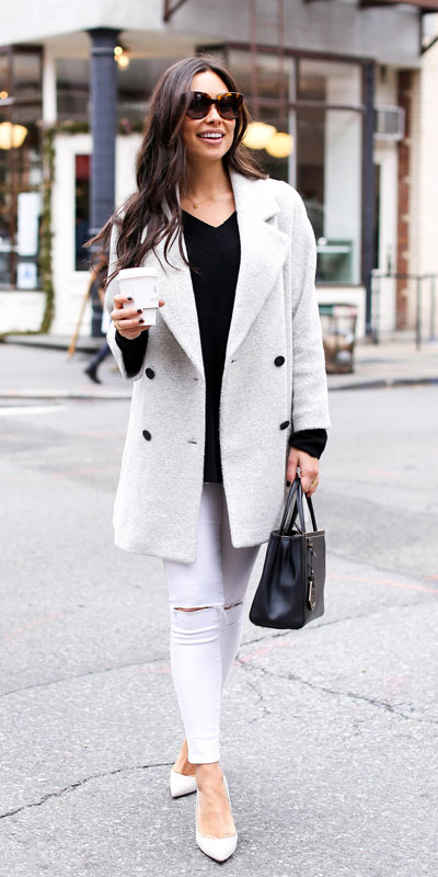 From velvet jackets to red bodycon dresses, there is something for everyone from cozy to glam. Have a look at these 25 Casual XMAS Holiday Outfit Ideas for Every Girl's Style. Christmas + New Year Outfits via higiggle.com | white coat outfits | #holiday #christmas #newyear #coat