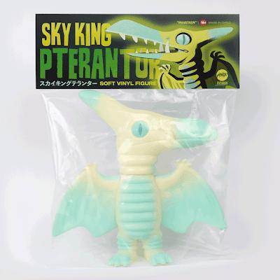 Mondo Exclusive Sky King Pterantor Phantasm Edition Vinyl Figure by Chris Lee (The Beast is Back)