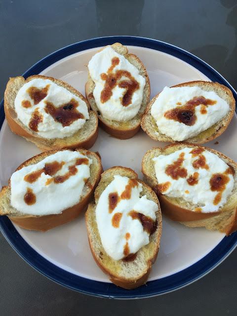 Bruschetta with ricotta and truffle honey