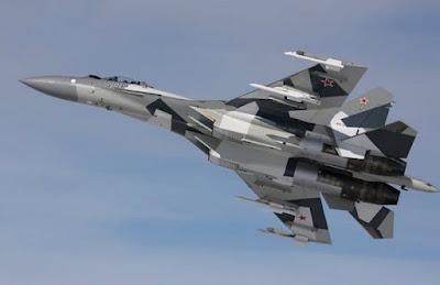Gambar pesawat tempur Shukoi Su-35