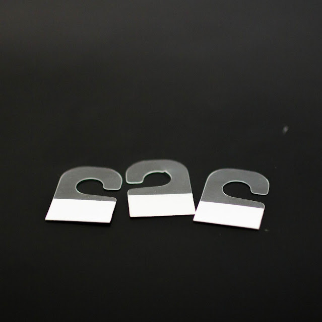 Hanger-tabs-Hanging-tabs-for-display