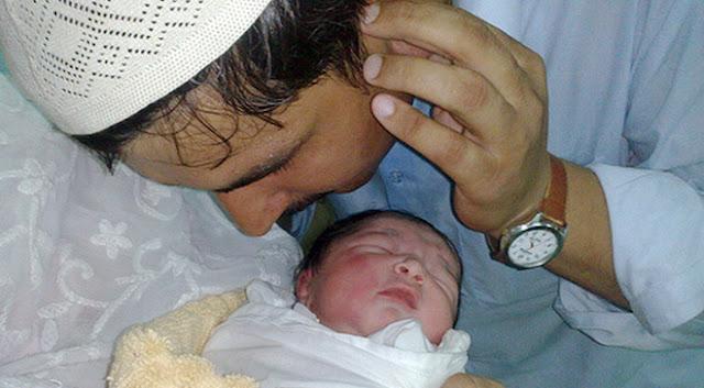 Hukum Adzan Saat Bayi Lahir