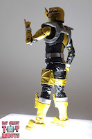 Lightning Collection Beast Morphers Gold Ranger 16