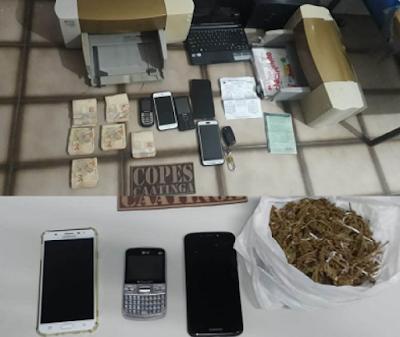 Em Inhapi/AL polícia detém quatro adultos e quatro adolescentes  por consumo de drogas