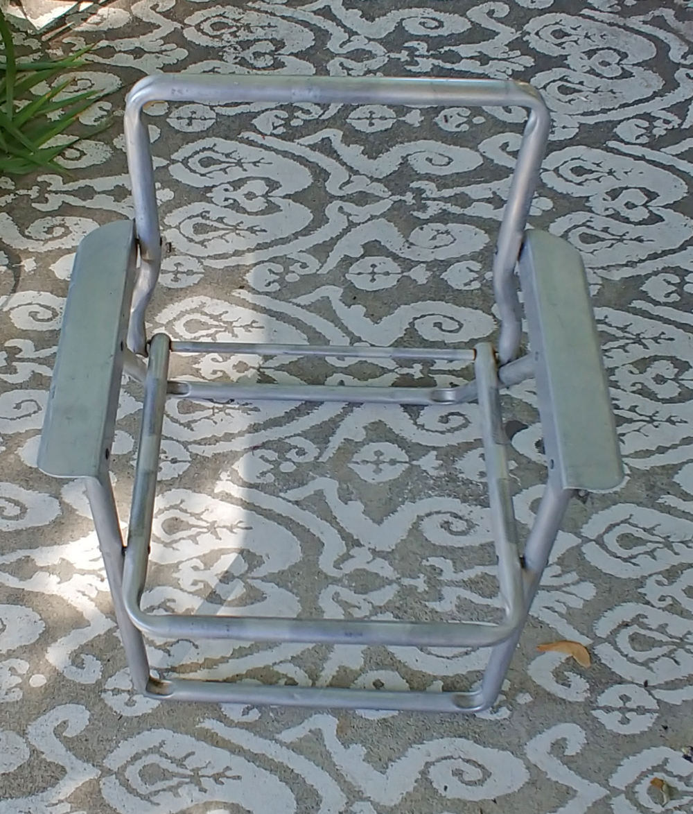 vintage child's lawn chair