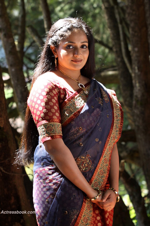 NAKED NGELESET: Kavya Madhavan Mollywood Actress Latest
