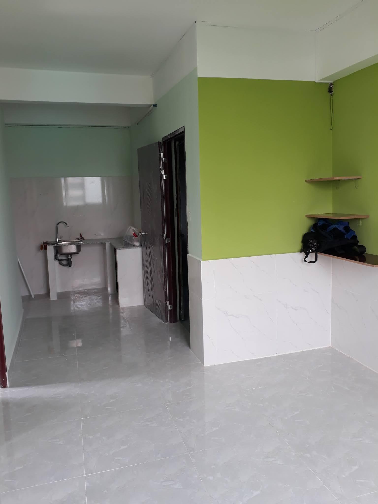 Bán căn hộ chung cư Mặt tiền đường Trần Hưng Đạo Quận 5 căn góc 2PN sổ hồng riêng