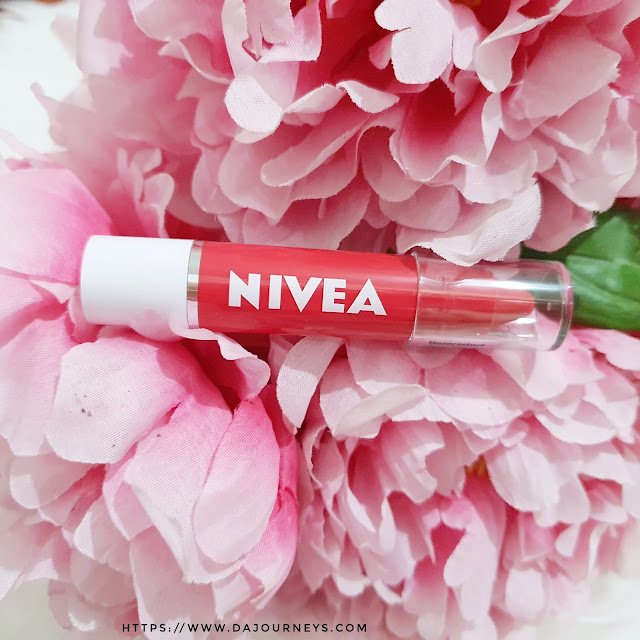 Review Nivea Lip Crayon Poppy Red dan Candy Crush