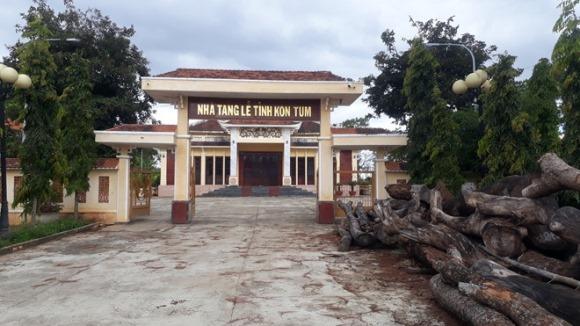 Nhà tang lễ tỉnh Kon Tum hàng chục tỉ, xây xong 'đắp chiếu'