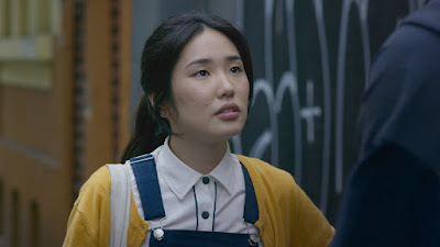 Cláudia Okuno no elenco de Spectros
