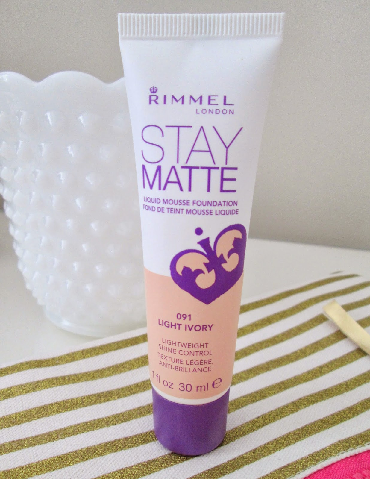 Style Life Lovely: Rimmel Stay Matte Liquid Mousse Foundation