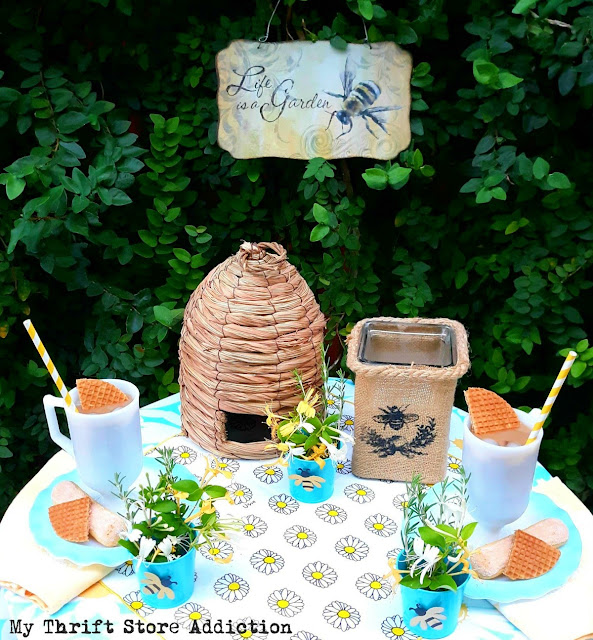 bee-themed late summer tablescape