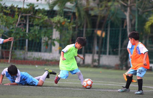 Lớp học bóng đá cho trẻ tại Bình Thạnh TP HCM