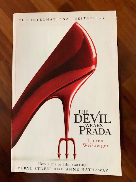 Book cover The Devil Wears Prada by Lauren Weisberger