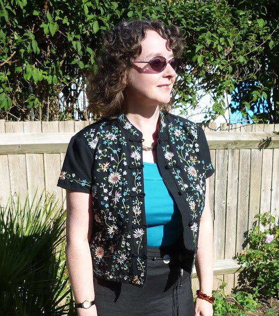 Embroidered Mandarin Jacket | PetiteSilverVixen