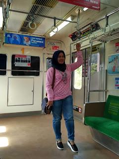 Commuter line Bekasi ke Kota Tua Jakarta