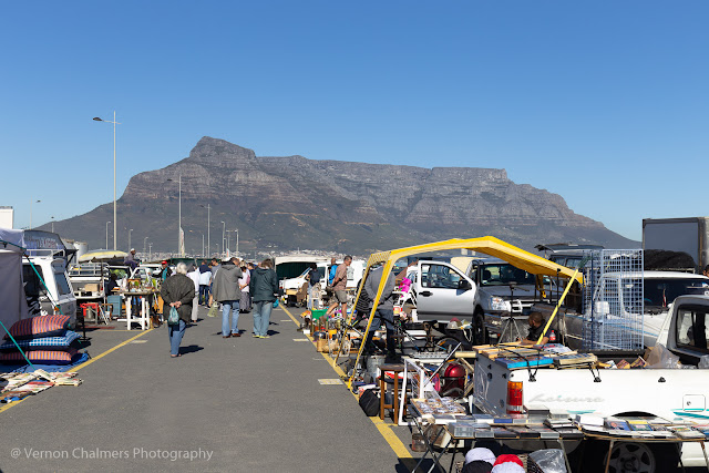 Majestic Table Mountain keeping watch over market trading and proceedings