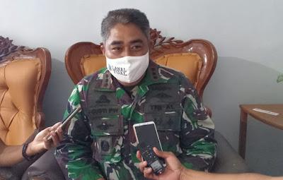Komandan Angkatan Laut (Danlanal) yang juga ketua Satuan Tugas Angkutan Laut Tim Gugus Tugas Percepatan Penanganan Covid 19 Tual Kolonel Laut (P) I Gusti Putu Wisnawa, M.Tr. (Hanla).
