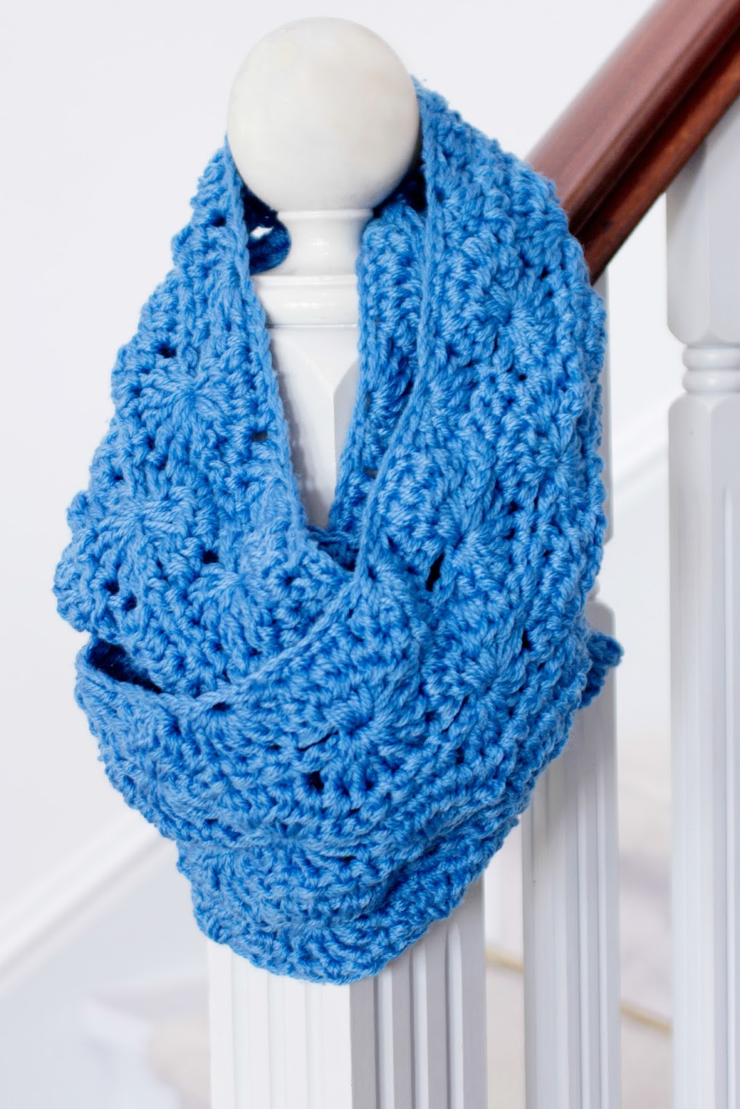 30+ Fabulous and Free Crochet Scarf Patterns