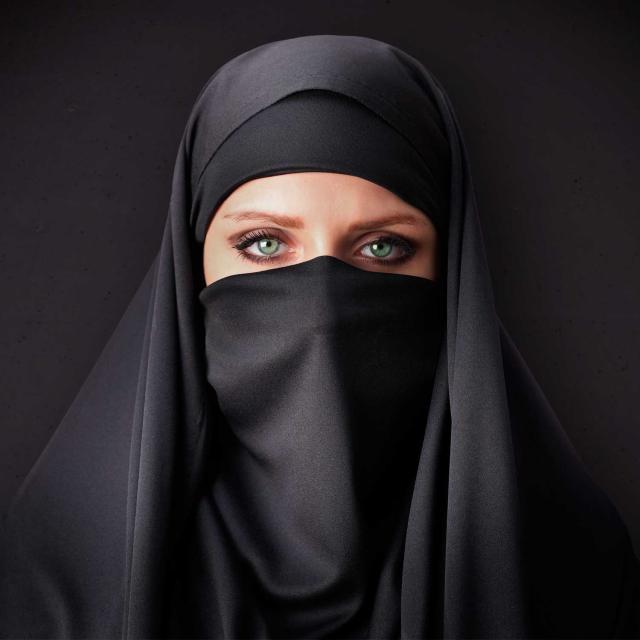 Perempuan dan Agama