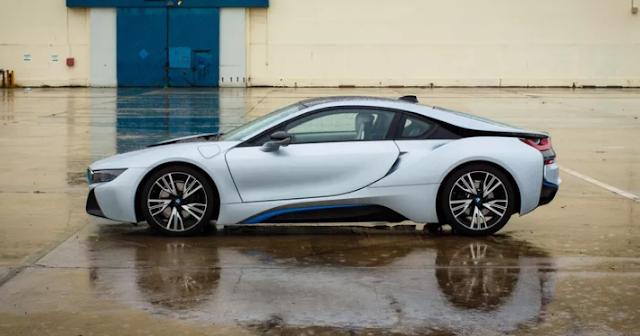 2016 BMW i8 Review
