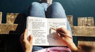 Manfaat Menulis Tangan Untuk Menenangkan Pikiran