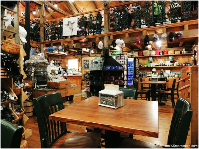 Granjas de Massachusetts: Tienda de Regalos y Cafeteria en la Kimball Farm