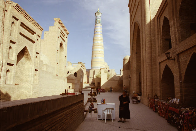 Ouzbékistan, Khiva, minaret Islam Khodja, © L. Gigout, 2012