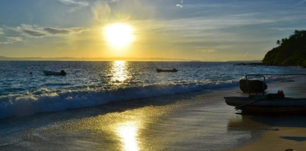 Pantai Fadaya Nias Barat wisata nias barat,Nias,Objek Wisata Pulau Nias,Destinasi Wisata Pulau Nias,