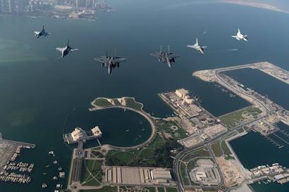 Qatari pilots fly USAF F15