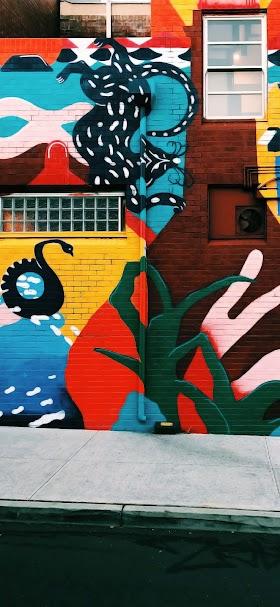 خلفية رسوم جرافيتي جميلة على أحد جدران المدينة